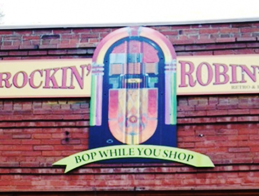 Rockin' Robin's Retro & Resale